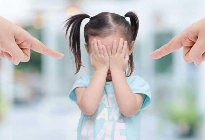 چطور متوجه شویم فرزند ما دارای مهارت نه گفتن نیست؟